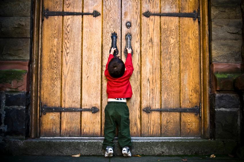 Psicologi lombardi e DSA: nel palazzo di vetro è vietato l'ingresso